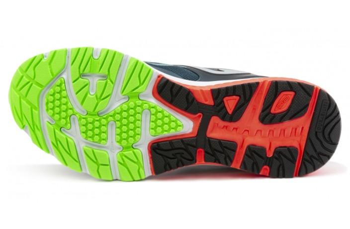 Кроссовки спортивные (для бега) черно-красные Joma TITANIUM